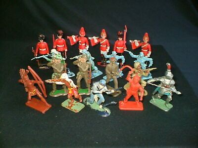 VINTAGE 1970s NINETEEN CRESCENT TOY INDIANS,SCOT GUARDS,SOLDIERS,CRUSADER ETC • 10£