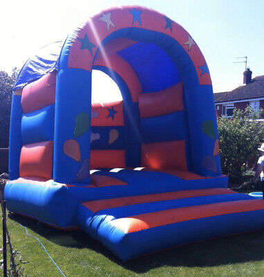 Adult Capable Bouncy Castle  • 449£