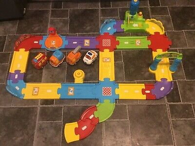 Vtech Toot Toot Drivers Track Set With 4 Vehicles- Fire,police,truck And Tow • 11£