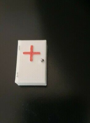 3d Printed 1/18 Scale  WALL FIRST AID BOXES SET OF 2 For Garage Diorama • 7£