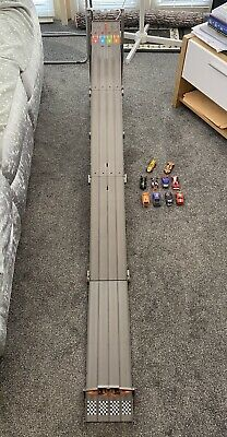 Hot Wheels 4 Lane Raceway Car Race Track Fold Up And Carry With 10 Cars • 65£