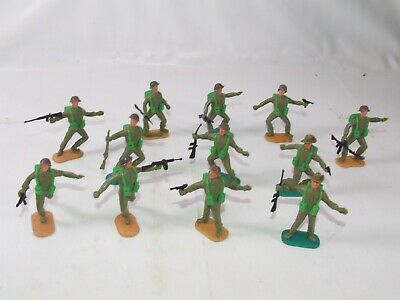Timpo Swoppets British & Australian WWII Toy Soldiers With Weapons Bundle • 14.99£