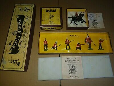 Britians Soldiers Light Infantry 3808, 16th Lancers 8819 Boxed • 20£