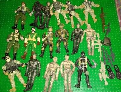 Toy Army Figures X 17. • 1.99£