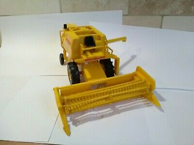 Combine Rare Vintage Farm Bourbon New Holland Plastic Combine Good Condition See • 285.99£