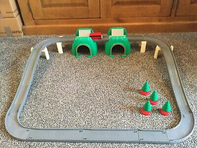 Tomy Thomas Trackmaster Tunnels & Road Layout Plus Motorised Bertie • 15.99£