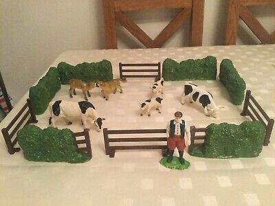 Elc Farm Field Full Of Cows, Hedges, Fencing & Farmer For Wooden Farms • 16.99£