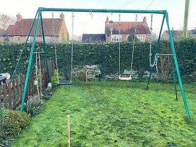 Metal Swing Frame Garden • 60£
