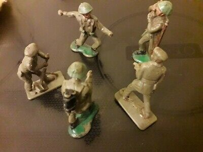 5 Cracking Crescent Vintage Toy Soldiers: Circa 1960s!!! • 8.50£