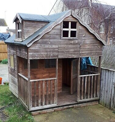 Childrens Wooden Garden Playhouse • 21£
