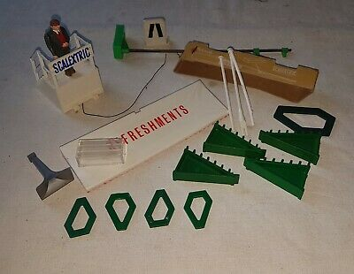 Vintage Scalextric Assorted Accessories.. Job Lot. • 14.95£