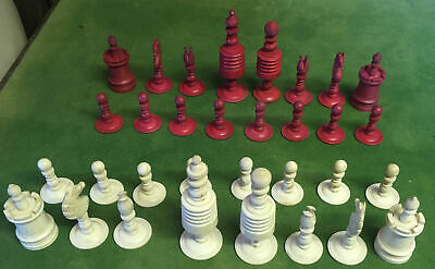 Antique Bone Red And White Classic Chess Set & Box,  • 160£
