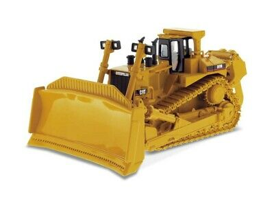 CAT D11R Tracked Tractor Diecast Model Tractor DM85025 • 94.99£