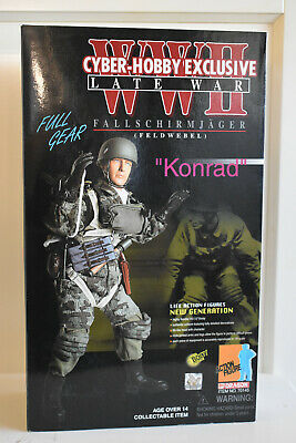 Fallschirmjäger (Feldwebel)  Konrad . Dragon Action Figure.VERY RARE ISSUE 50 • 99£