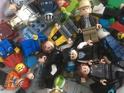 LEGO MINIFIGURE BUNDLE !!  10 Random Figures / People / Minfigs  • 12.90£