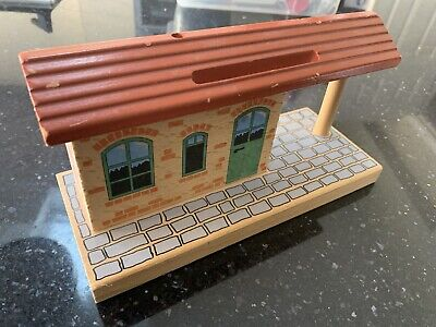 Brio Train Station, Compatible With Thomas Wooden Railway • 7.99£