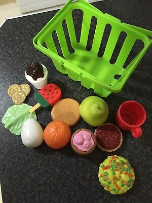 Toy Food And Basket • 1.99£