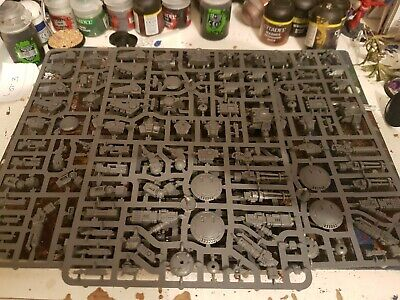 Tau Xv8 Battlesuits X3 Plus 6 Drones New On Sprues Inc Bases • 0.99£