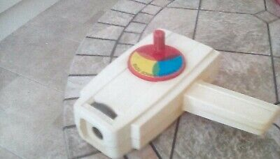 VINTAGE FISHER PRICE MOVIE VIEWER 1970s WITH TWO CARTRIDGES • 40£