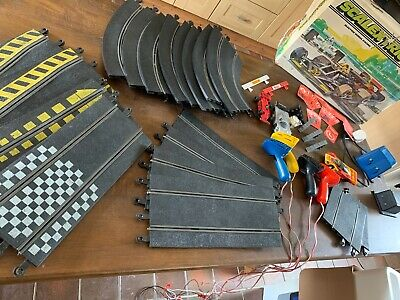 Scalextric 200 Set And Parts • 7.50£