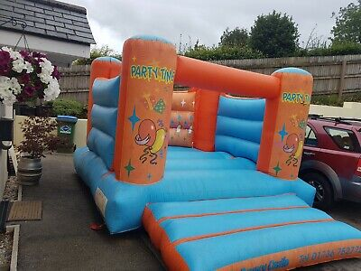 Commercial Grade Inflatable Bouncy Castle • 300£