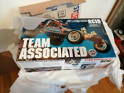 New Team Associated Rc10 Gold Re Release • 450£