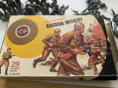 Airfix Vintage 1970'sRussian Infantry  With Box X 29 Pieces In Box • 16.99£