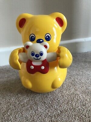 RARE 1991 TOMY Yellow Bear Plastic Roly Poly Toy Collectible Chimes Baby Bear • 6.50£