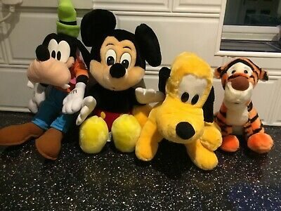 Disney Soft Toy Bundle • 8£