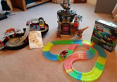 BOYS TOY BUNDLE AGE 3+ Dinosaurs, Car Garage, Car Track *pick Up Solihull* • 9.99£