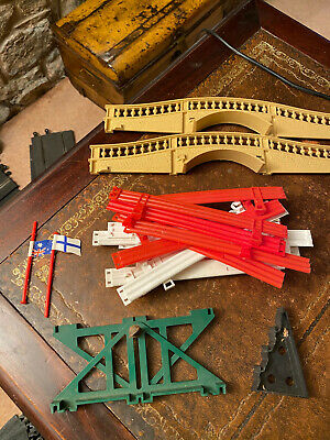 Scalextric Bridge And Barriers  • 3£