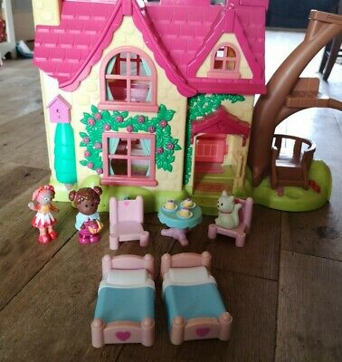ELC Happyland Cherry Lane Cottage With Furniture & Figure And Cat - Dolls House • 10£