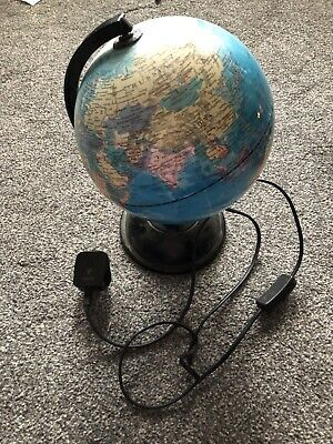 Light Up World Globe • 14£