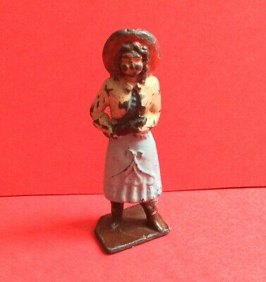 CRESCENT ANNIE OAKLEY BUFFALO BILL LEAD TOY SOLDIER FIGURE VINTAGE 1940s/50s  • 24.99£