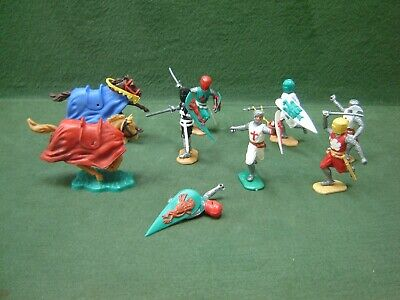 Vintage Timpo Plastic Swoppet Medieval Knights & Crusaders • 4.99£
