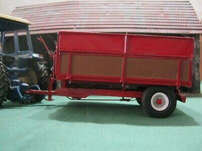 1/32nd Pettit 4.5T Hand Built Tipping Farm Trailer With Grain Sides. • 65£