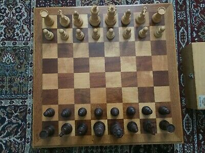 Large Lardy Staunton Chess Set: Made From Boxwood:in Original Box: With Large Bo • 225£