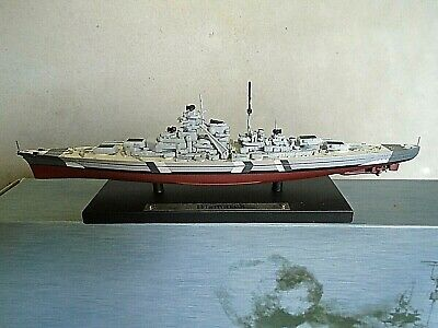Bismarck. 1/1250 Scale. Mint/Boxed • 4.50£