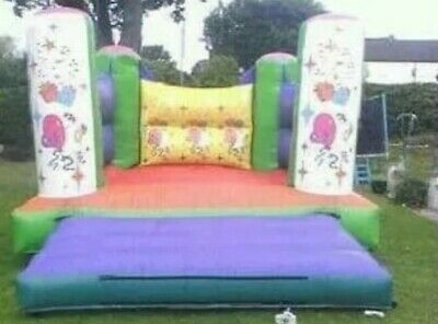Bouncy Castle • 350£