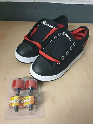 Heelys X2 Size 1 Skate Shoes New • 19.99£