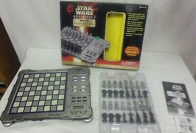 Star Wars Episode 1 Electronic Galactic Chess - Boxed     (CHA) • 18£