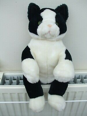 Gorgeous Black & White Plush Cat • 20£