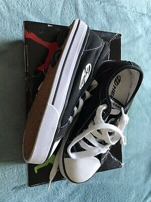 Official Heelys Black And White Skate Shoe -  UK Size 3. VGC With Accessories. • 10£