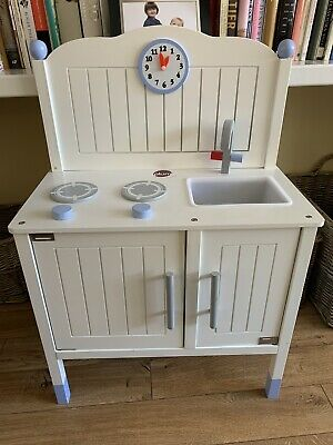 Play Kitchen • 20£