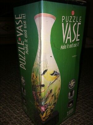Pintoo 3D Puzzle Vase Goldfinches/new And Sealed • 10£