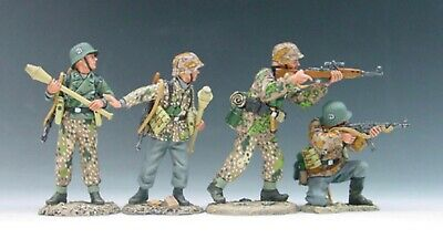 King And Country Set Of German Soldiers • 120£