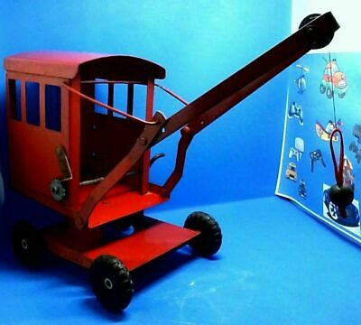 Triang Vintage Tin Crane In Lovely Clean Condition • 35£