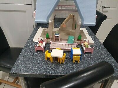 Little Tikes Dolls House +furniture+family+good Condition • 50£