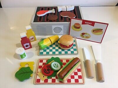 Wooden Grill Toy With Food And Accessories, 25 Pieces • 8£
