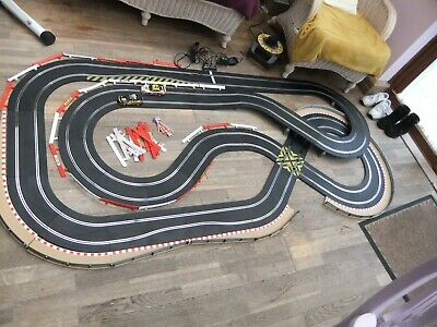 Scalextric Track SETUP   X 2 CARS • 50£